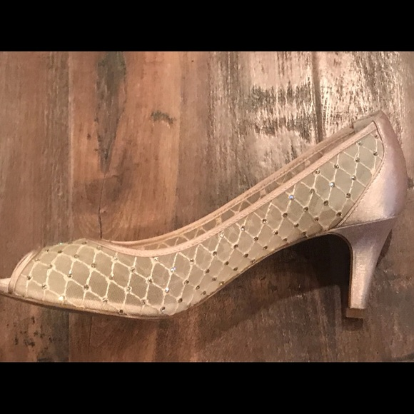 f4df0ed1ae9 Adrianna Papell Shoes - Adrianna Papell Jamie Evening Pumps
